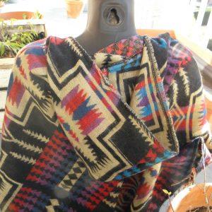 Poncho en laine de Yack PON05