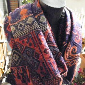 Châle à motifs en laine de yak 11