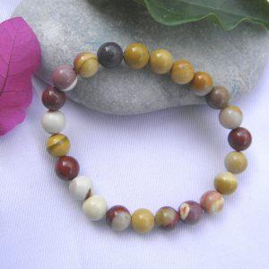 Bracelet en jaspe mokaite