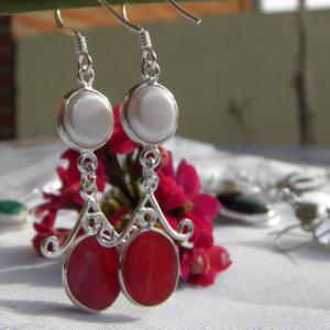 Boucles d'oreilles en argent 925, racine de rubis et nacre Bo r2