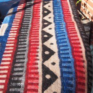 Châle en laine de yak B11