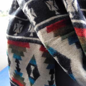 Châle en laine de yak B13