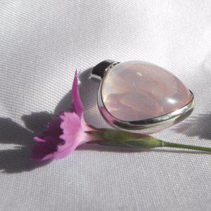Pendentif en quartz rose